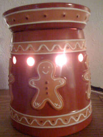 Scentsy Gingerbread Warmer