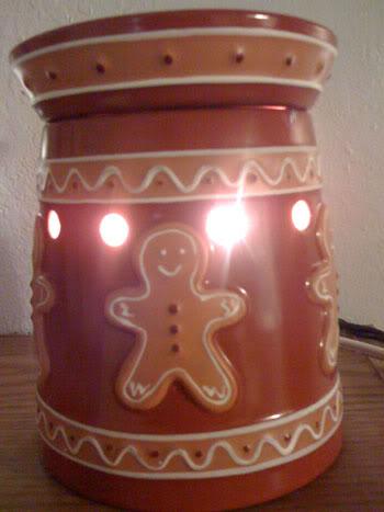 Scentsy Gingerbread Warmer