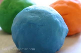 Money Saving Boredom Busters: Homemade Play Dough