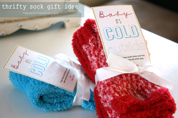 Baby it's cold outside sock gift idea with an adorable free printable!