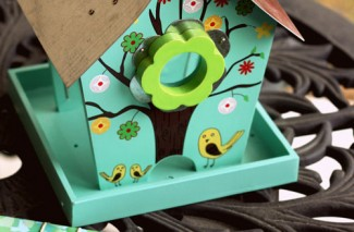 Birdhouse Birthday Gift Idea + Trying to be Sneaky {Happy Thoughts}