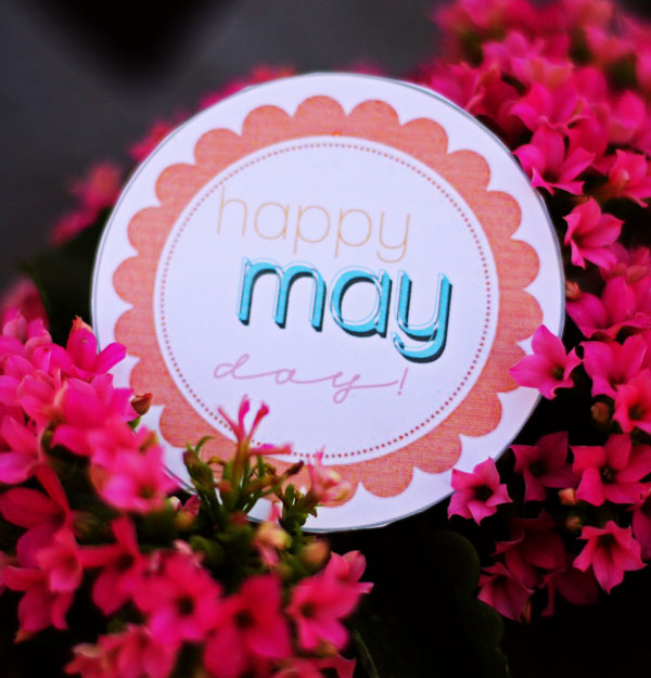 Start a May Day tradition with your family- use these super cute & free printables!