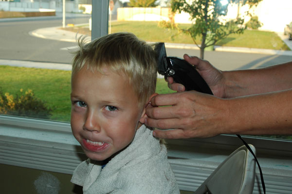 toddler clipper haircut how to cut your boys hair happy money saver 2683