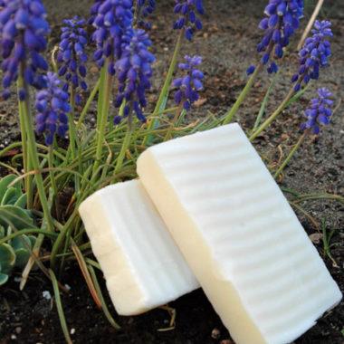 Happy Homesteading: Making Homemade Soap