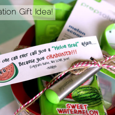 I am in love with this graduation gift idea! So fun!