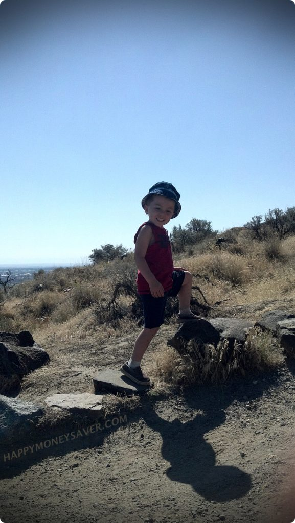 Summer Fun Activities on a Budget | Take a hike