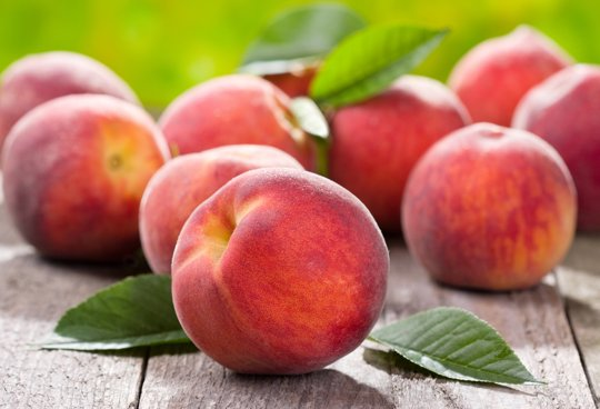 Great post about peaches + cute gift idea!