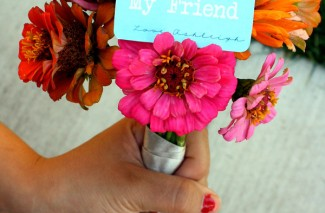 Pick a flower bouquet for a friend | Happy Thoughts