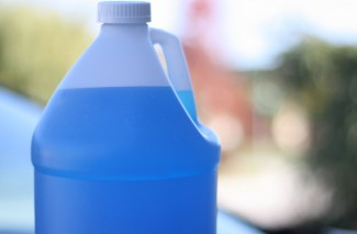 Homemade Washer Fluid for Automobiles