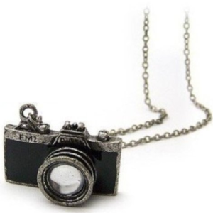 camera-necklace