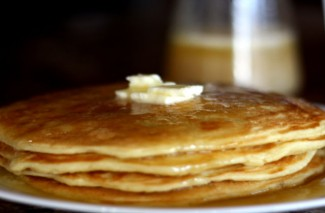 Homemade Buttermilk Pancakes {Freezer Friendly}