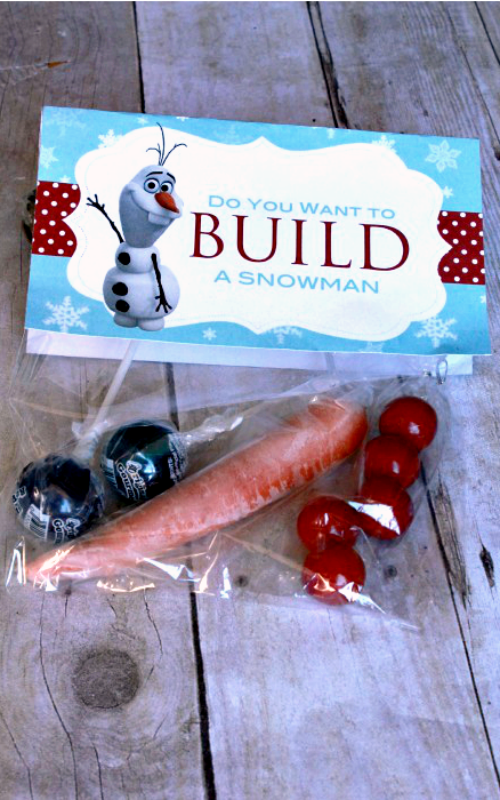 Do you want to build a snowman also a great neighbor gift for Christmas. #happythoughts #winter #neighborgifts