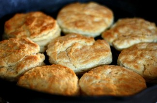 The Old Recipe Box: Grandma's Homemade Buttermilk Biscuits Recipe