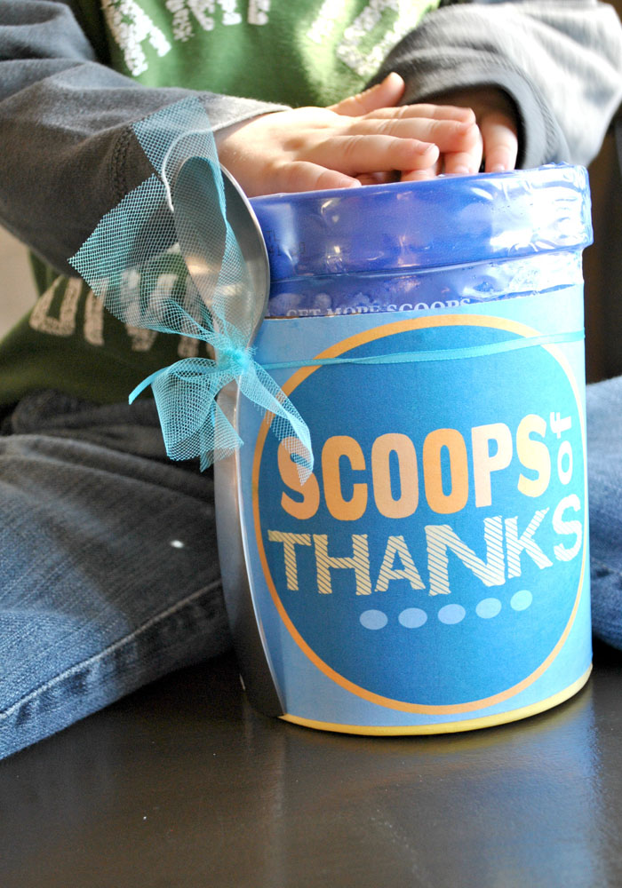 Thank someone in a sweet way using this ice cream gift idea. #happythoughts #thanks