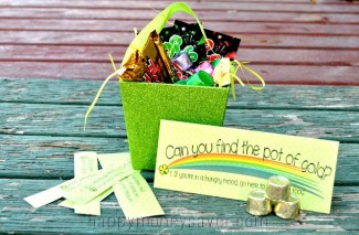 Follow the CLUES to the Pot of Gold! St. Patrick's Day Treasure Hunt PRINTABLE