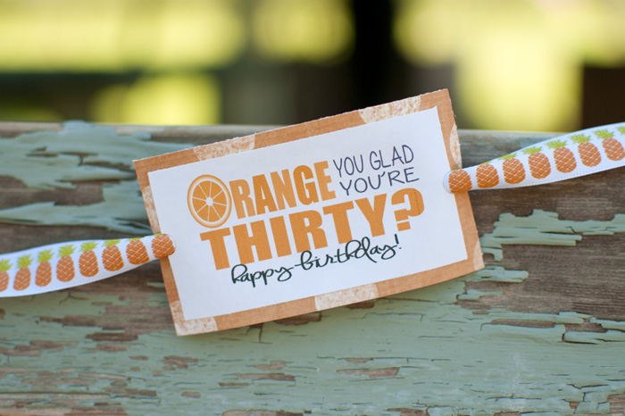 Choose between two printables for this orange birthday package idea! #happythoughts #happybirthday #orange