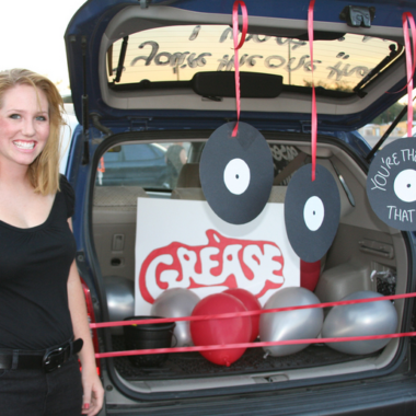 15 Thrifty Trunk or Treat Decorating Ideas