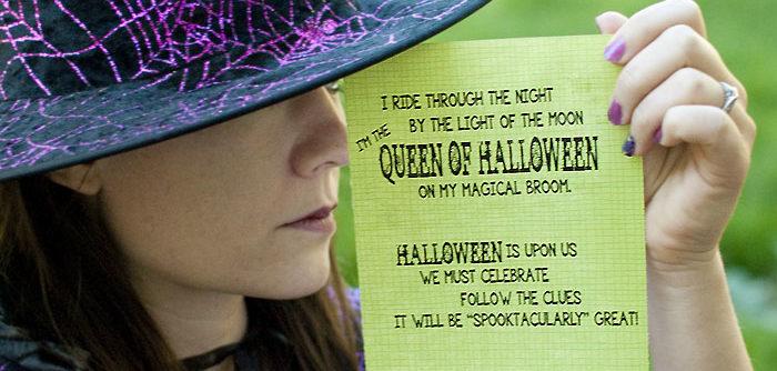 It's a Halloween Treasure Hunt! (Free printable clues)