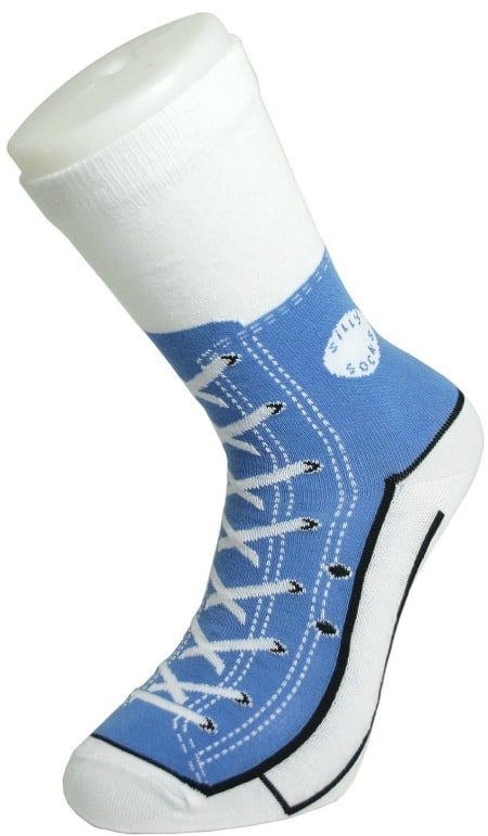 Blue Silly Sneaker Socks How fun to look like you still have your shoes on! I want some of these!