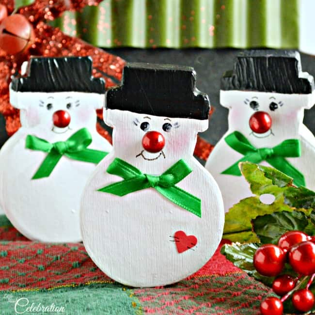 Everyone loves a little snowman and as a gift box they are even better!