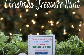 This is the best Christmas Treasure Hunt out there! Hurry and print out these free printables! #happythoughts #christmas #treasurehunt
