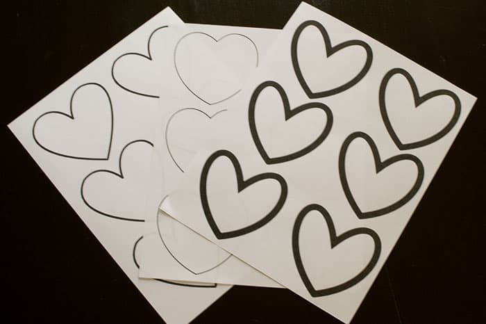 Use the free printable to write your secret messages for your perfect Valentine's Day Treasure Hunt! #happythoughts #treasurehunt