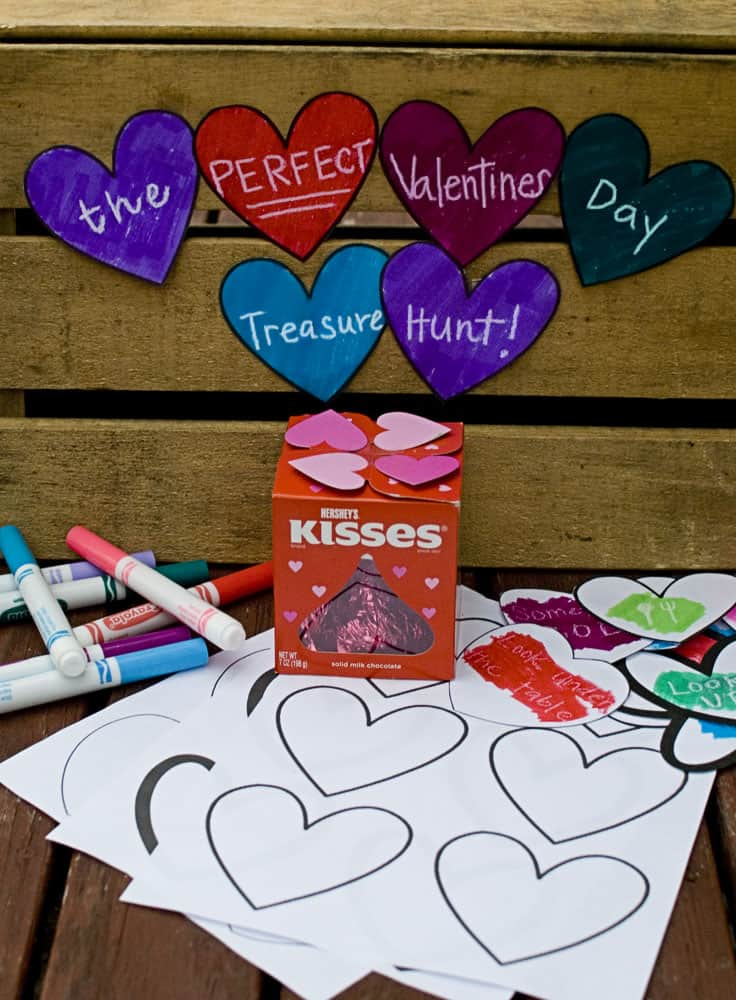 Check out this perfect Valentine's Day Treasure Hunt! #happythoughts #treasurehunt #valentinesday