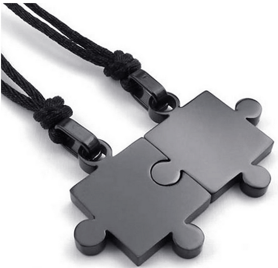 This is such a cute gift idea for Valentine's Day! What a cute way to tell your other half that they are your missing puzzle piece?