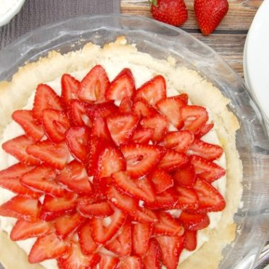 The BEST Strawberry Pie Recipe Ever!