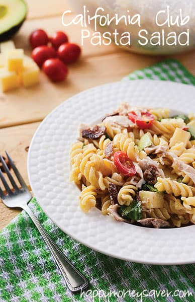 California Club Pasta Salad - a simple pasta salad recipe and new take on a classic sandwich! | happymoneysaver.com