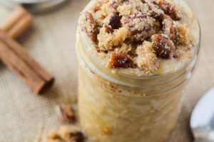 Pumpkin Pecan Crumble Overnight Oats | happymoneysaver.com