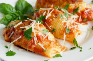 How to Make Stuffed Shells {Freezer Meal}