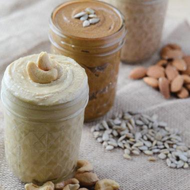How to Make Nut Butter | happymoneysaver.com