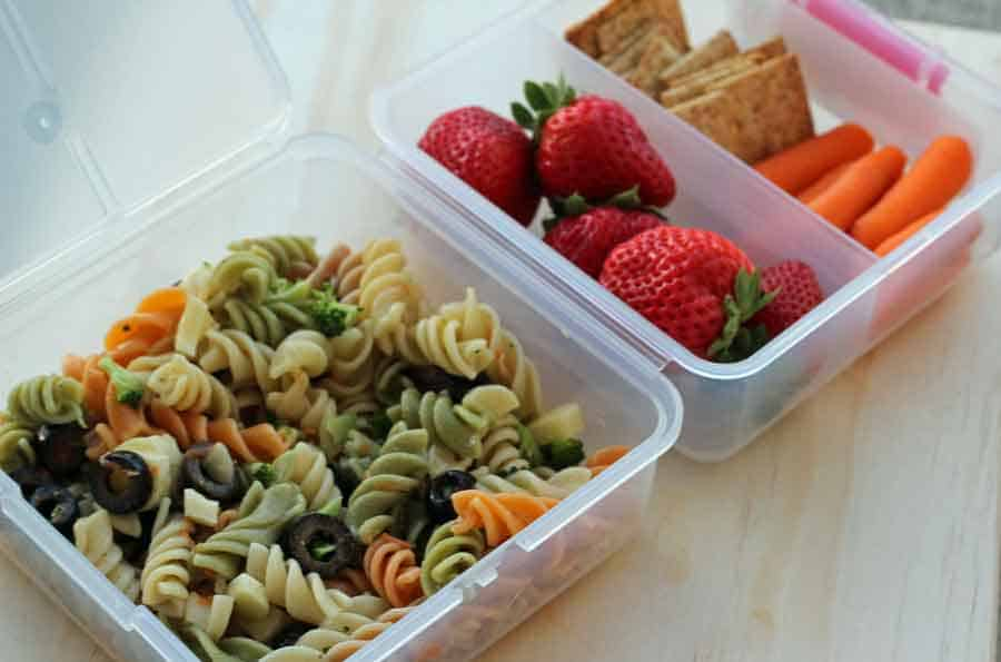 Simple Delicious Pasta Salad Makes A Great Bento Style Lunch For School Kids
