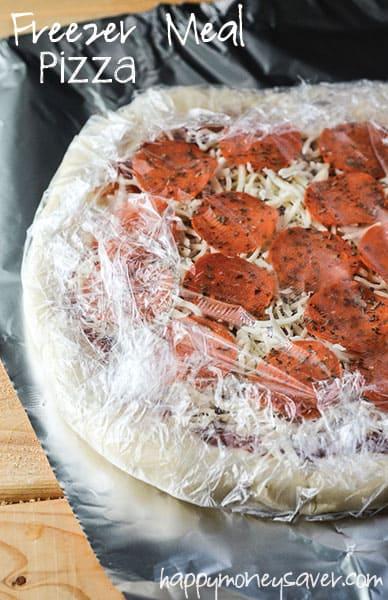 Freezer Meal Pizza | happymoneysaver.com
