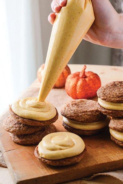 Pumpkin Snickerdoodle Sandwich Cookies | happymoneysaver.com