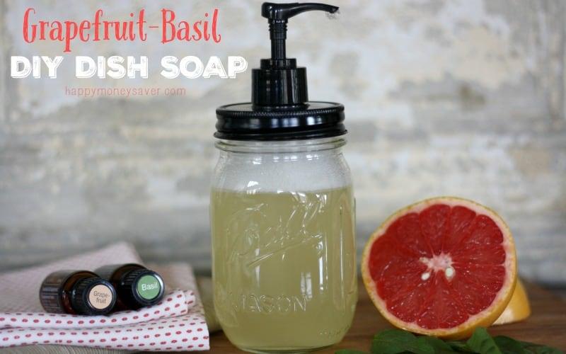 The best Recipe for homemade dish soap! -happymoneysaver.com