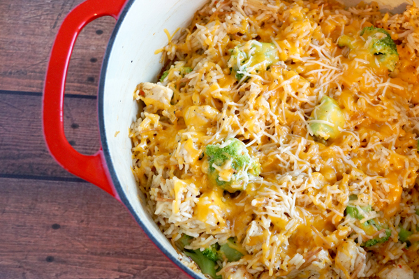 Your whole family will love this cheesy chicken broccoli rice casserole! Easy to make, freezes great and so delicious! It's the perfect meal! | happymoneysaver.com