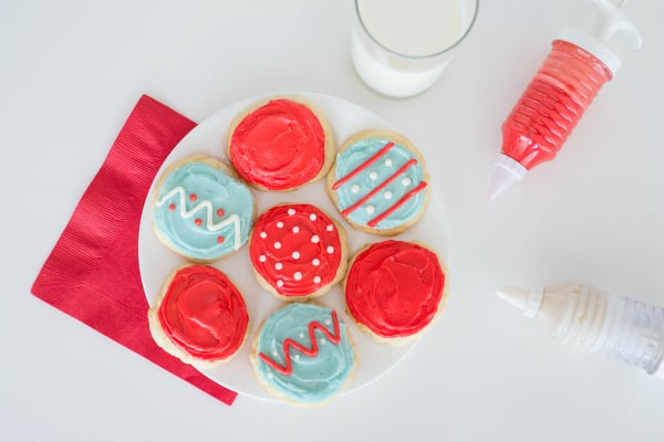 No baking degree needed for this easy sugar cookie recipe! Sweet, soft, and flavorful, these sugar cookies will melt in your mouth and are sure to please. | happymoneysaver.com