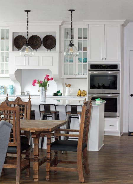 Frigidaire Gallery Double Oven set looks so wonderful in the HappyMoneySaver Kitchen!