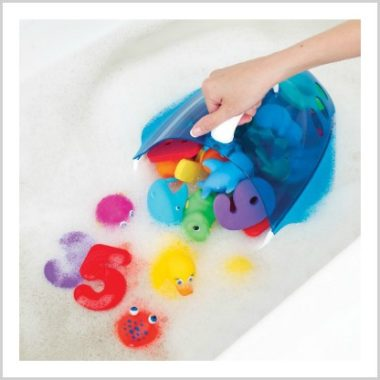 4/24 Amazon LOVE/ Munchkins Squirtin Bath Toys