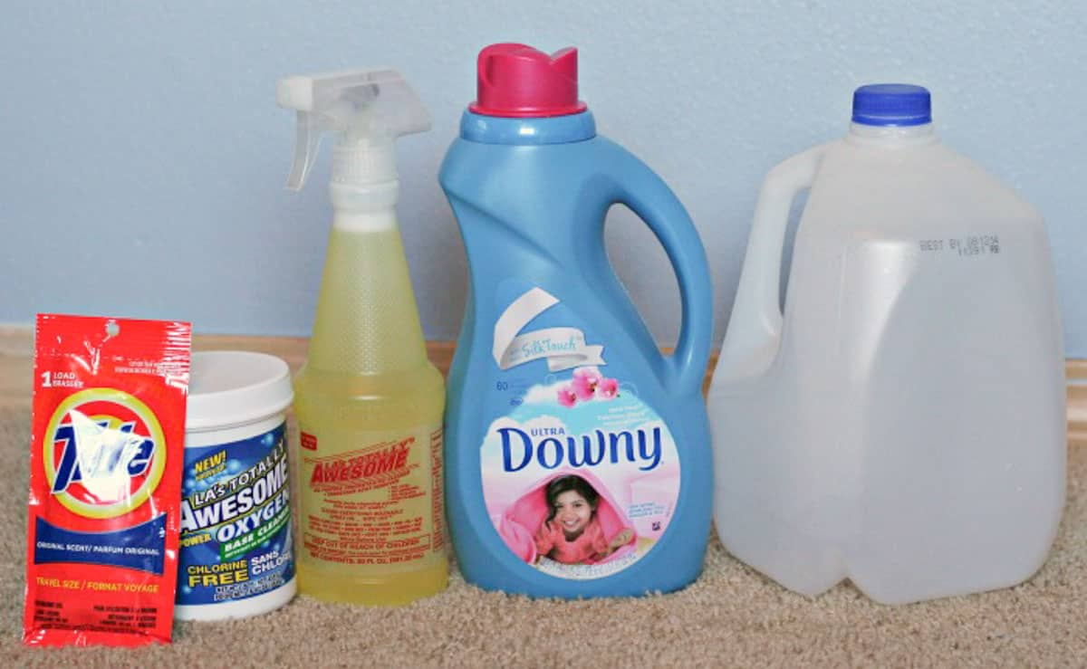 Ingredients for homemade carpet cleaner recipe include tide, awesome, downy, oxiclean and water