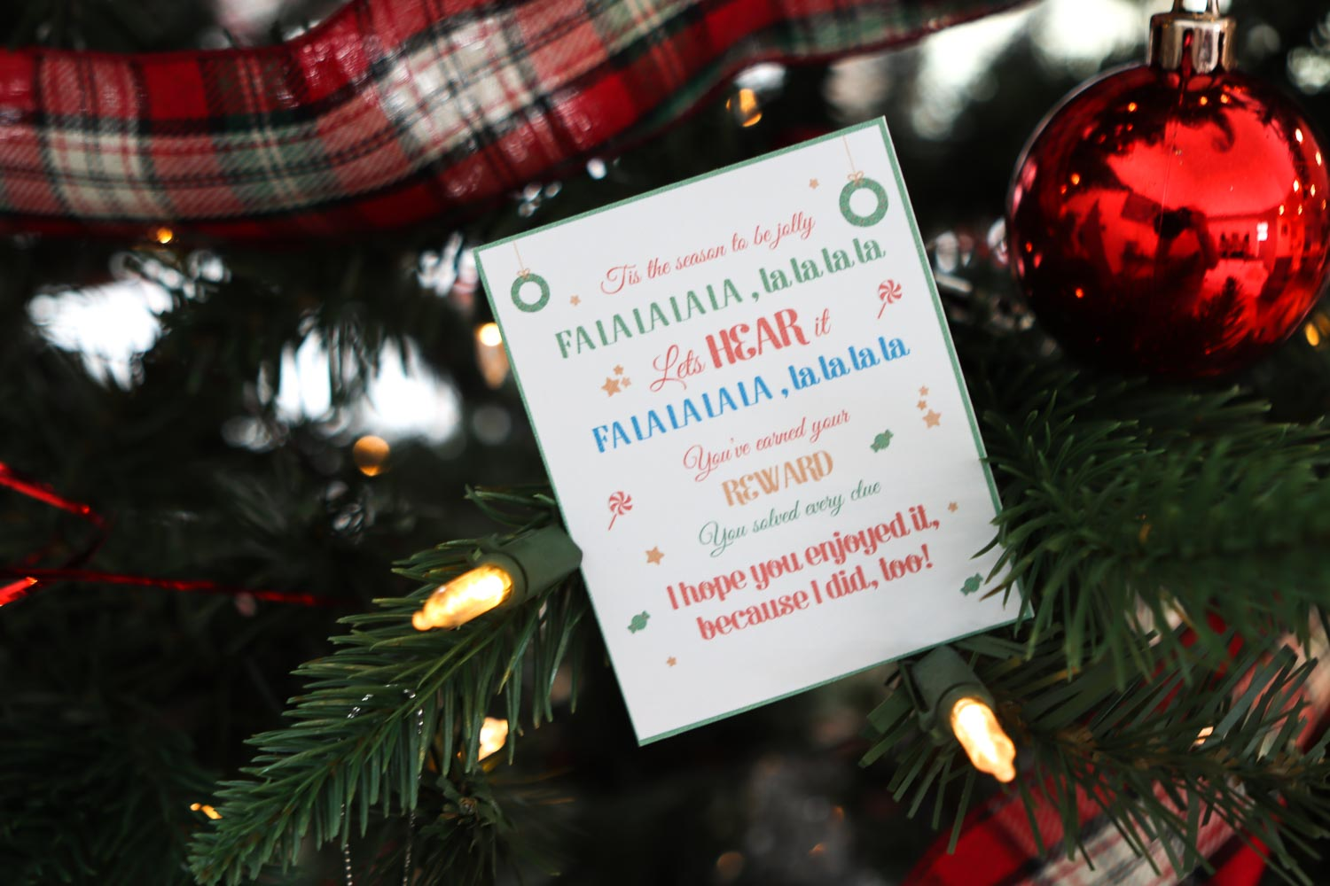 A clue for the treasure hunt in a Christmas tree.